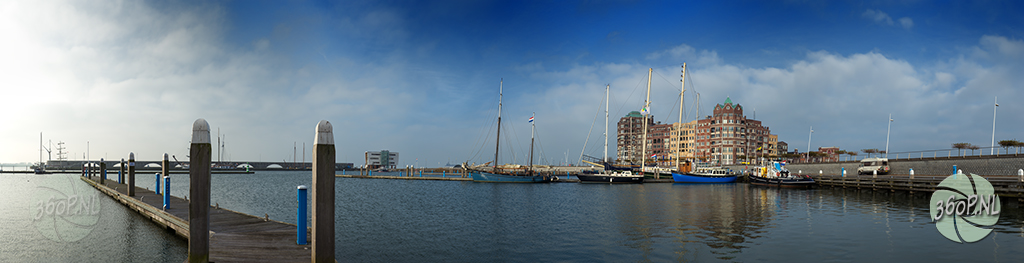 0.34 Gigapixels Batavia haven in Lelystad
